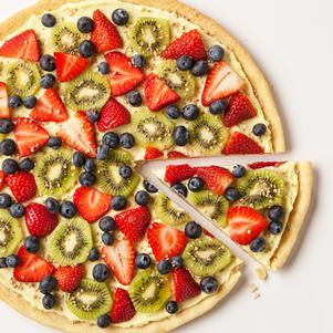 Tropical Dessert Pizza